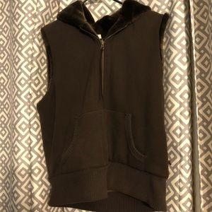 Stylish brown vest!